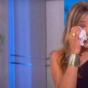 """Џенифер Анистон се расплака пред камерите: """"Не требаше да биде вака"""""""