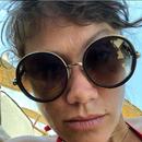(ФОТО) Згодна трудница: Јана Стојановска ужива на плажа