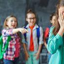 Македонските ученици трпат тортура на школо, надлежните со прст не мрдаат