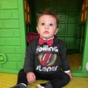 Пресладок и во тренд: Синот на Тамара наполни една година
