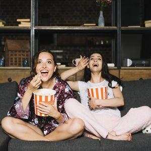 Седи си дома: 15 филмови кои ќе ве насмеат повеќе од било кога