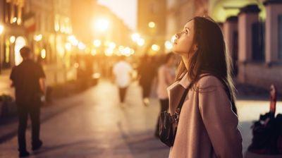 ВИКЕНД ХОРОСКОП: Средба со личност од минатото да очекуваат неколку знаци