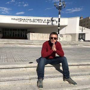 Сакам да снимам песна за Каролина Гочева: Матија Дедиќ ексклузивно за Женски Магазин