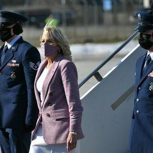 Погледнете во нозете на првата дама на САД: Дали така се носат чевлите? Џил ќе ве насмее