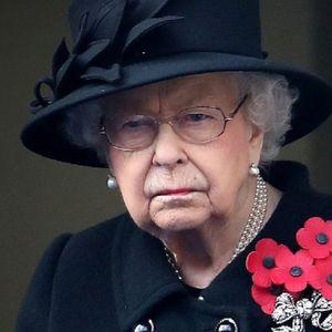 Четири жени ја тешат кралицата додека тагува за Филип: Не е ниту Кејт, а ни Камила