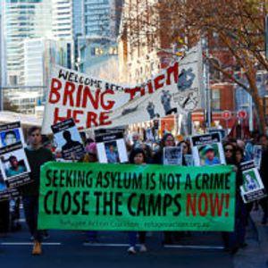 (ФОТО) Протести во Австралија поради драконските мерки против илегалната имиграција