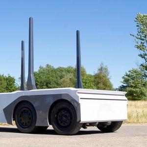 Einride Камион за дрва без кабина со далечинско управување