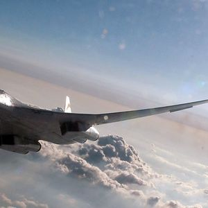 Руски стратешки бомбардери Ту-160 летаат над Карипското море (ВИДЕО)