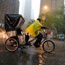 Најмалку петмина загинати во бура во североисточниот дел на САД