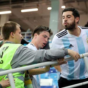 Бесните навивачи ги плукаа Меси и соиграчите: Аргентина во солзи- хорор ужас, срамота, катастрофа… ова никогаш нема да им го простат