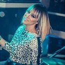 Ги разнежни фановите: Српската пејачка објави фотографија од својата ќеркичка (ФОТО)