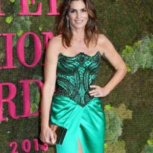 Ѕвездите на зелениот тепих на модните награди во Милано (ФОТО)