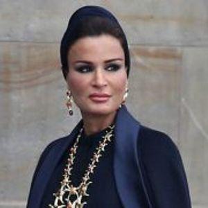 Првата дама на Катар: Жена со 7 докторати, 5 синови и 2 ќерки (Фото)