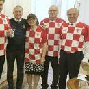 ФОТО: Посебна седница на хрватската Влада - сите министри во дресови