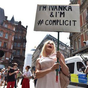 Најсмешни транспаренти на анти-Трамп протестите во Лондон