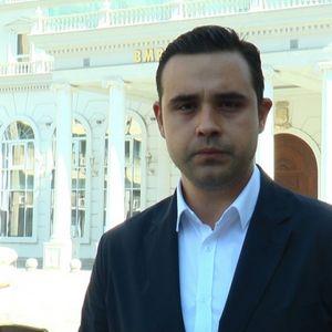 Костадинов: Мицкоски не сака Македонија да успее