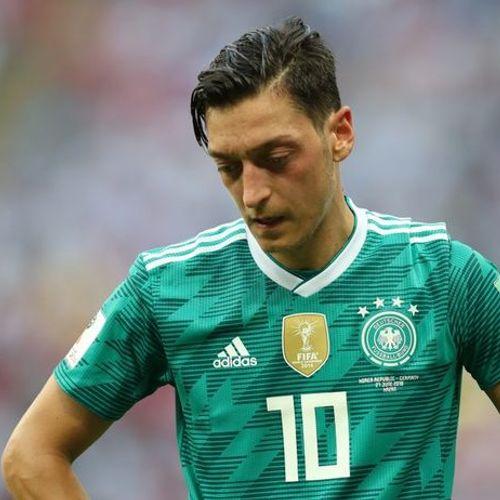 Озил: Додека чувствувам омраза и непочитување нема да играм за Германија!