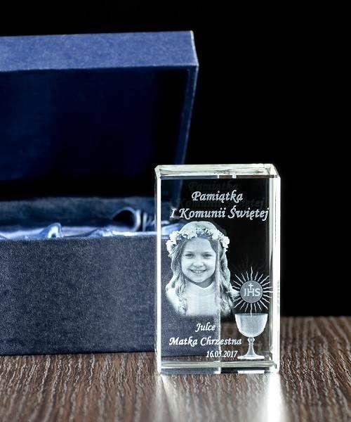 Pamiątka na I Komunię Świętą - Indywidualny grawer w krysztale - Studio3D