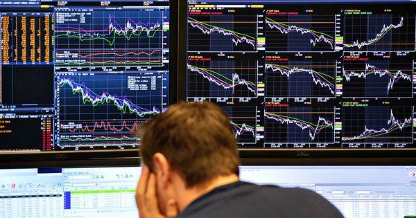 Borse, l'Europa chiude in netto rialzo. Piazza Affari a +2%, lo spread si allarga a 242 punti - Il Fatto Quotidiano