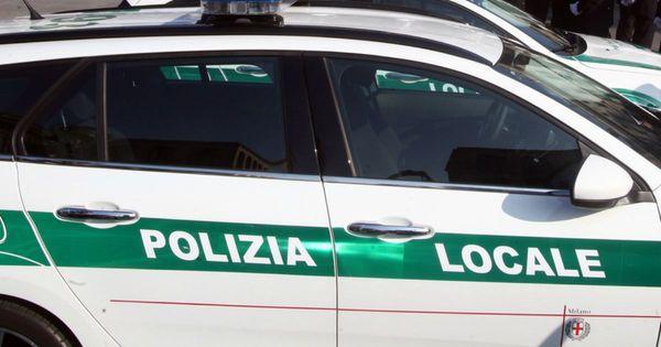 Milano, derubano i pusher durante le perquisizioni: quattro vigili della polizia locale ai domiciliari - Il Fatto Quotidiano