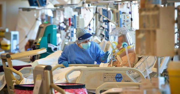 Coronavirus, 20.884 nuovi casi con 358.884 tamponi. Nuovo aumento dei ricoverati, oltre 220 ingressi in terapia intensiva. Morti in 347 - Il Fatto Quotidiano