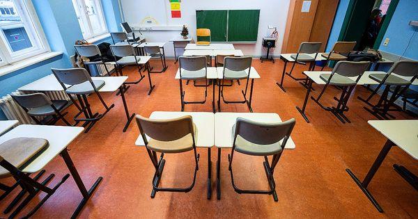 Scuola, le classi in quarantena per il Covid a pochi giorni dall'inizio: 37 a Milano, 50 a Roma e 35 in Alto Adige - Il Fatto Quotidiano