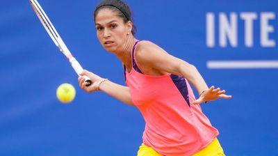 Изабелла Шиникова на четвъртфинал в Израел
