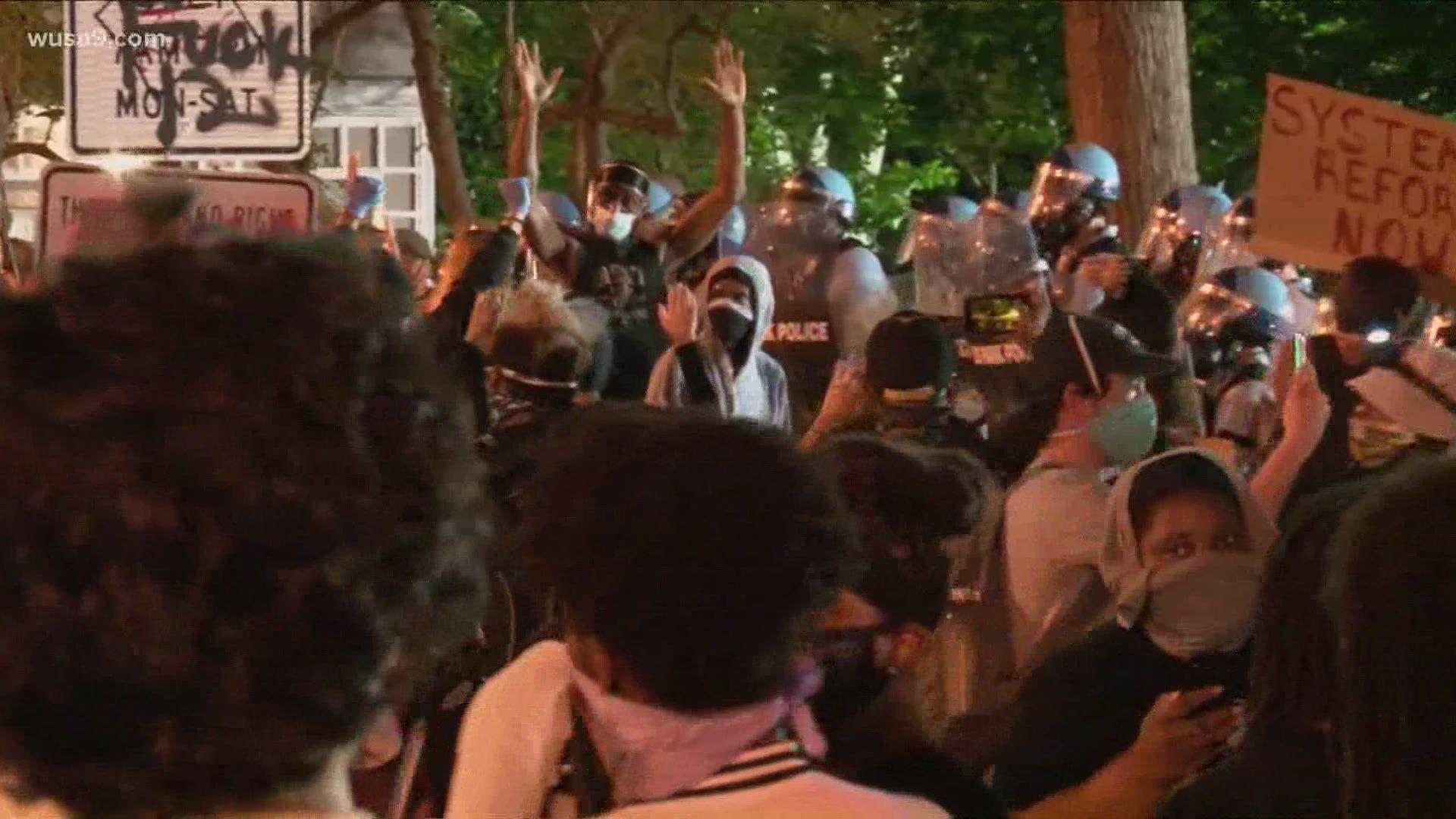 Caso George Floyd morto 1400 arresti durante proteste scontri davanti alla Casa Bianca