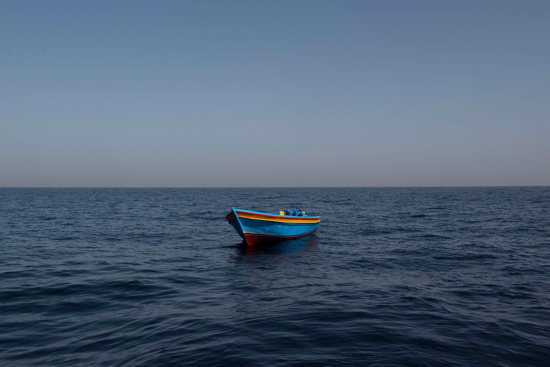 Migranti corpo una bambina appena cinque mesi è stato ritrovato una spiaggia Libia