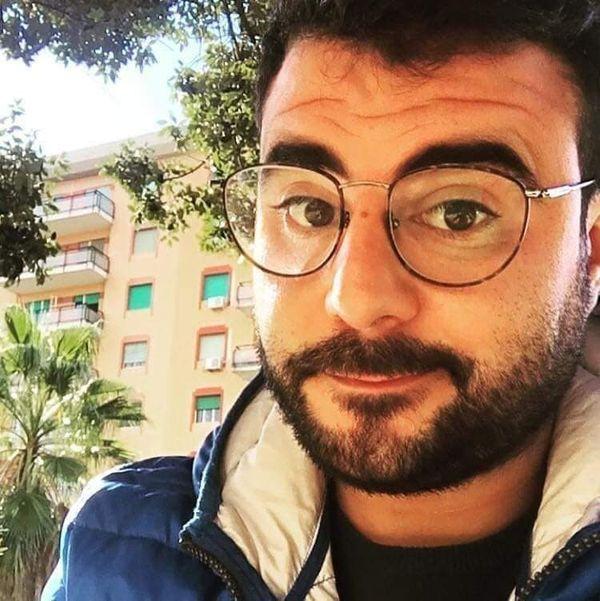 Palermo, perde il controllo della moto e si schianta contro un'auto: morto il 32enne Nicolò Acquisto
