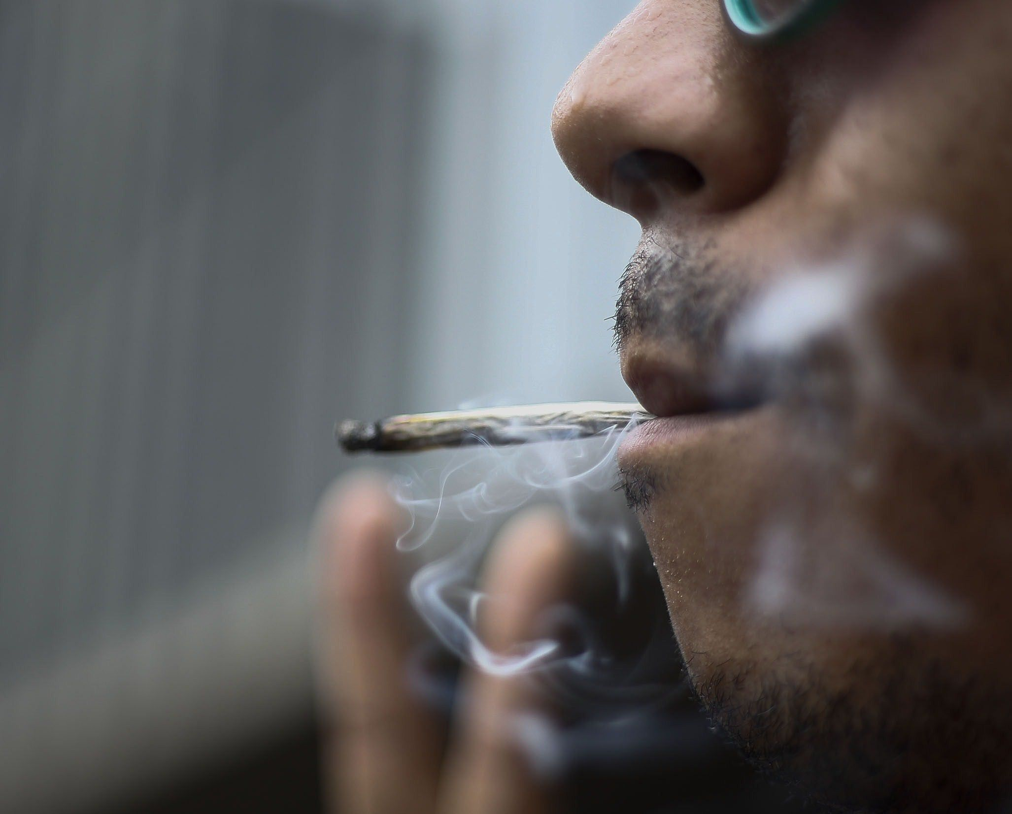 Smoking cannabis every day can distort brain activity, research suggests