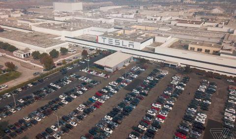 疫情重創 Tesla:美國三家超級工廠中,加州和紐約的工廠停產