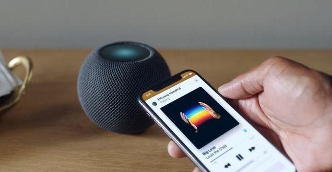 """蘋果 99 美元的 HomePod mini,其實是台家庭""""對講機"""""""