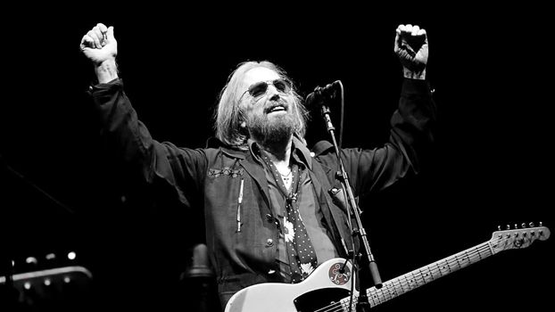 MMM - Episode #18 – Remembering Tom Petty at '77 Pinkpop + Much More!