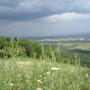 Od pogleda sa Guduričkog vrha zastaje dah