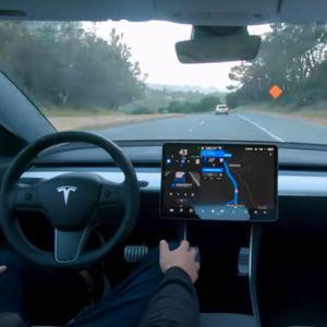 Tesla залага на собствен AI процесор за автопилот