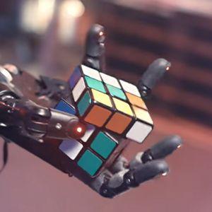 Роботизирана ръка се самообучи да сглобява кубчето на Рубик