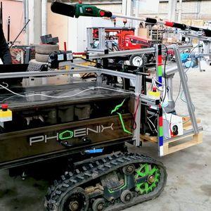Немски робот подрязва овощни дървета
