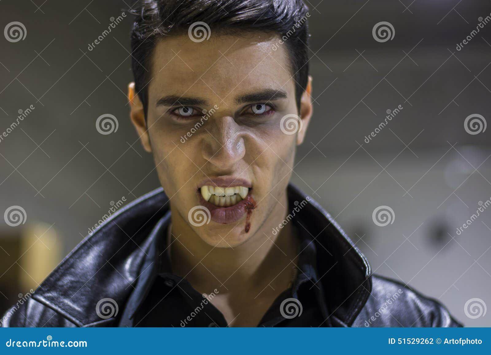 [Obrazek: m%C5%82oda-wampira-m%C4%99%C5%BCczyzna-t...529262.jpg]