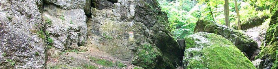 Csesznek - Kőárok