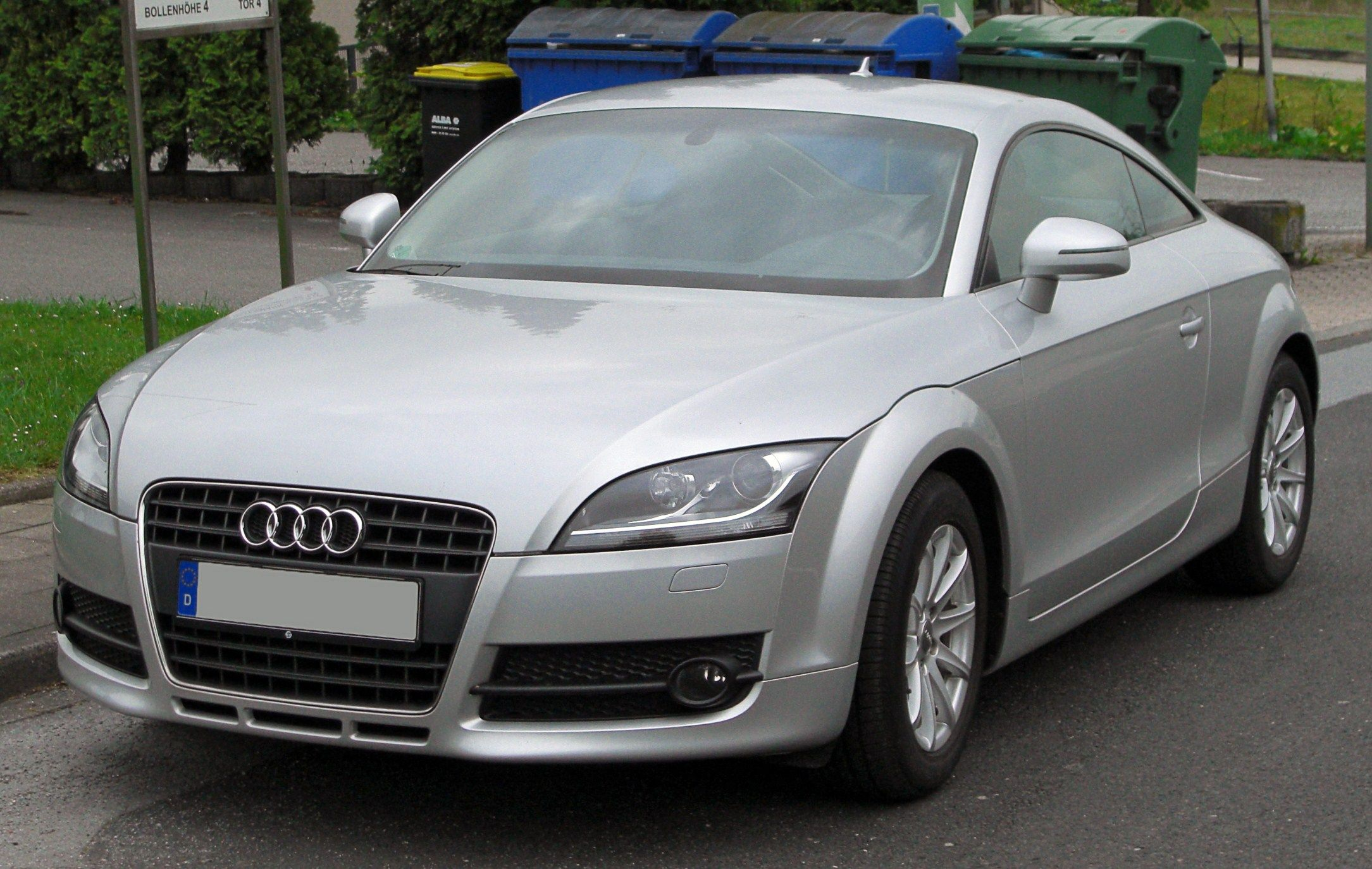 [Image: Audi_TT_Coup%C3%A9_II_front_20100503.jpg]