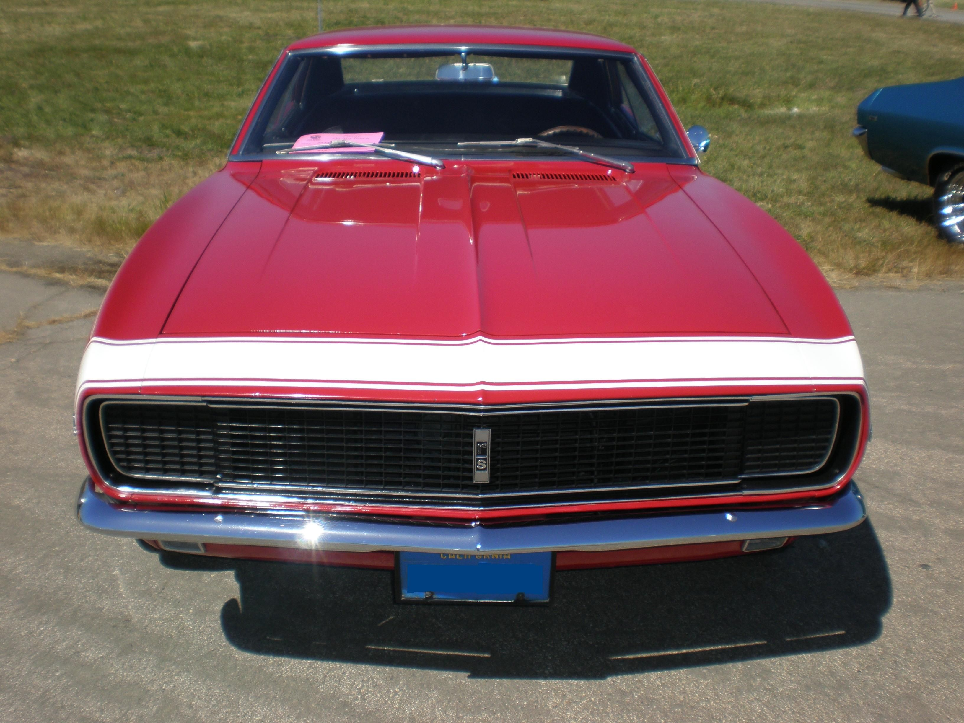 [Image: 1967_red_Chevrolet_Camaro_RS_front.JPG]
