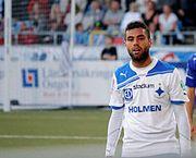 一名在沙特阿拉伯球隊效力的瑞典球員完美複製細哨的「牛尾巴」,並勁射破...
