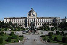 Maria-Theresien-Platz Kunsthistorisches Museum Wien 2010.jpg
