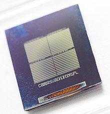 Memristor (50665029093) (cropped).jpg