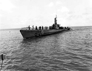USS Balao SS-285 at Guam.jpg
