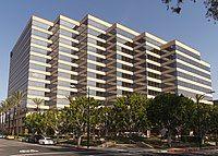 Warner studios office building burbank.jpg