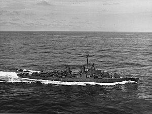 USS Allen M. Sumner (DD-692) underway in the Atlantic Ocean on 26 March 1944 (NH 86272).jpg