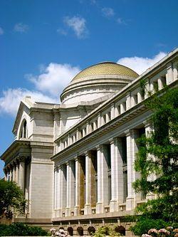 Smithsonian-Museum of Natural History.jpg