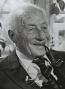Étienne Hirsch - 1983 (cropped).png
